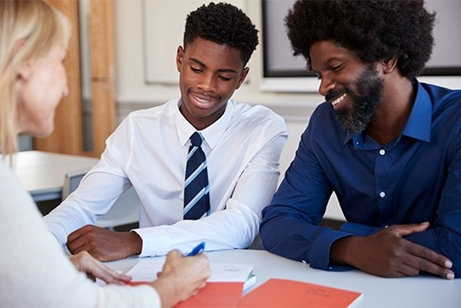 What Parents Can Teach Their Kids About Finances Before College