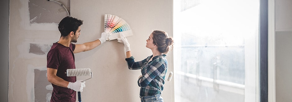 family choosing the best color for their cape code home renovations